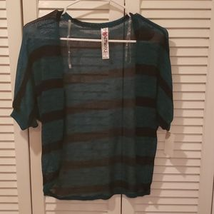 NWT Knitworks small sweater short sleeve